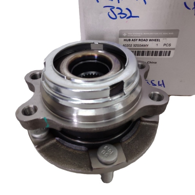 Tan Chong Nissan Teana J32 Front Wheel Hub & Bearing. 1pc.